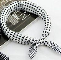 Dotted Neckscarf